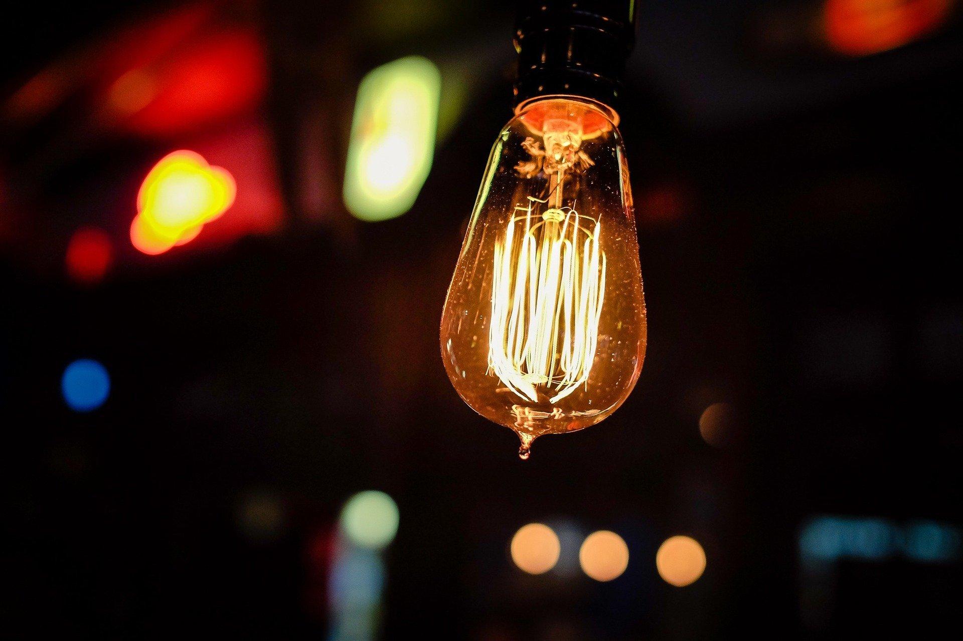 20200210 Lightbulb